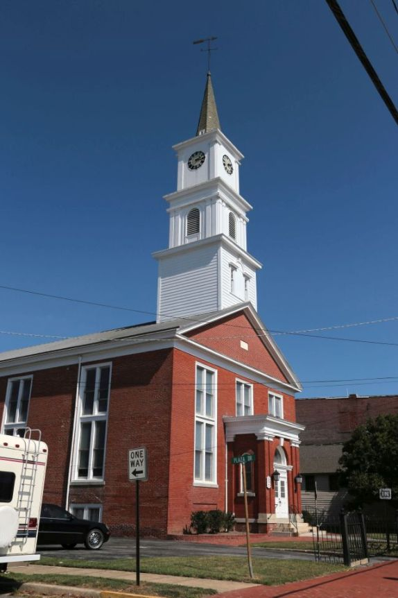 Side view of Red brick Baptist Church