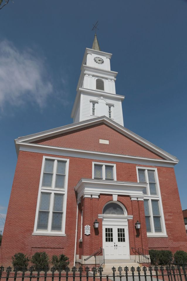 Front of Red brick Baptist Church